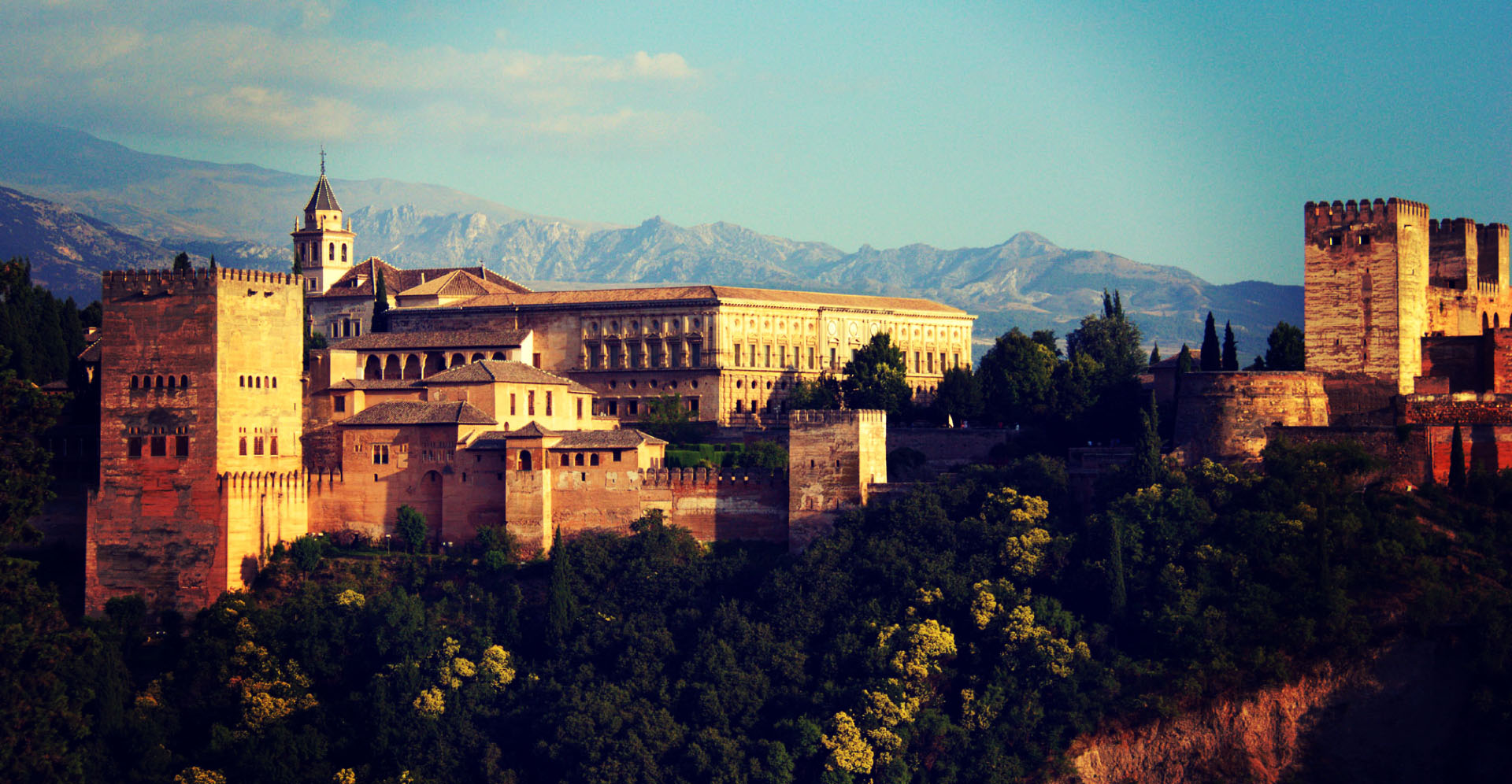 Alhambra_Granada_Palacios_Nazaries_Spain_03-Large